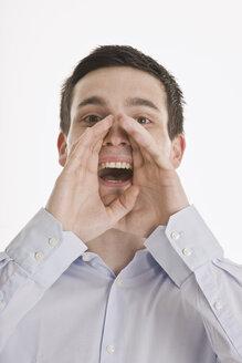 Businessman shouting - LDF00713