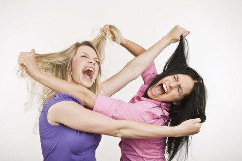 Two women fighting - LDF00750