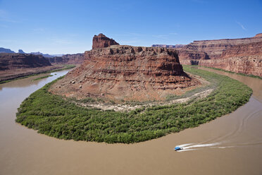 USA, Utah, Rock formation and Colorado River, elevated view - FOF01732
