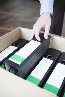 Folders in cardboard box - JRF00167