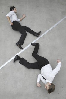 Two businessmen in a hurry, elevated view - BAEF00072