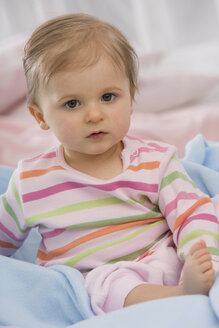 Close up of baby girl (6-11 months), portrait - SMOF00451