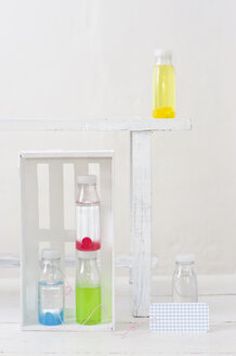 Sweet drops in vodka bottle - COF00134
