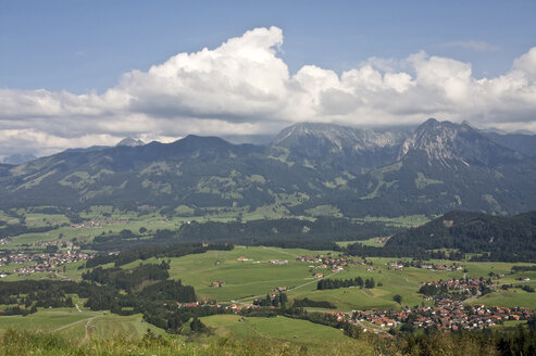 Germany, Bavaria, Allgaeu, View of fischen and hörnergruppe area - LFF00168