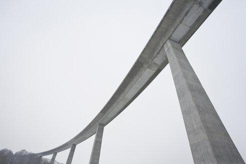 Germany,  Koerschtal, Low angle view of bridge - WDF00732