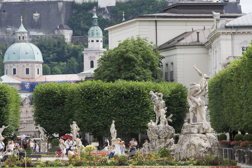 Austria, Salzburg, View of Salzburger Dom and Mirabellgarten - 13391CS-U