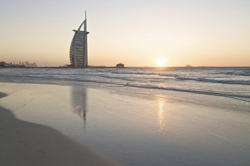 United Arab Emirates, Burj al Arab at sunset - LFF000212