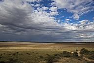 Africa, Botswana, Mabuasehube, View of Mabuasehube Pan with water - FOF002152