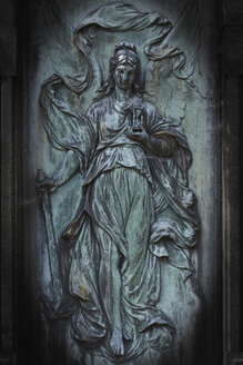 Hamburg, Close up of a statue on a graveyard - TLF000539