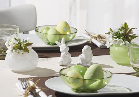 Dining table with easter breakfast setting - WBF000165