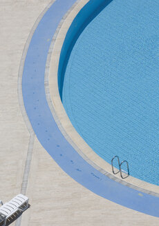 View of sun lounger by pool - WBF000371