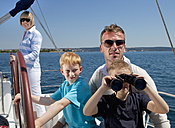 Croatia, Zadar, Family on sailboat - HSIF000091