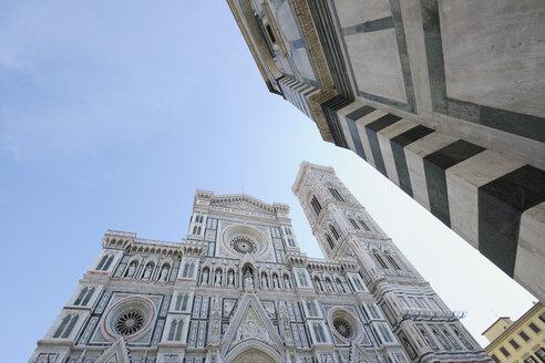 Italy, Tuscany, Florence, View of Santa Maria del Fiore - RUEF000564