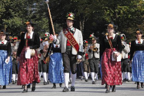 Germany, Bavaria, Upper Bavaria, Munich, Marching band at Octoberfest procession - SIE000169