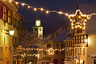 Germany, Berlingen, View of building with christmas decoration - SH000541