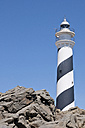 Spain, Balears, Menorca, View of lighthouse - UMF000294