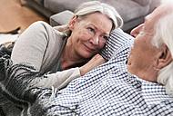 Germany, Wakendorf, Senior couple smiling - WESTF016241