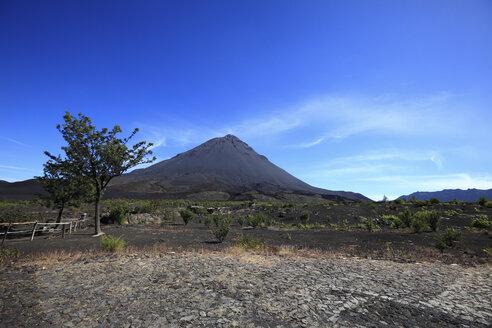 Africa, Cape Verde, View of volcano mount fogo - KSWF000650