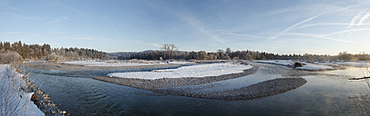 Germany, Upper Bavaria, Geretsried, View of trees and river isar - SIEF000769