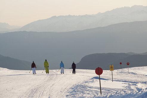Italy, Trentino-Alto Adige, Alto Adige, Bolzano, Seiser Alm, Group of people on ski tour - MIRF000199