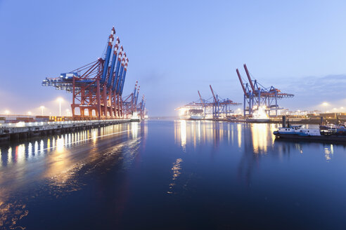 Germany, Hamburg, Burchardkai, View of container ship at harbour - MSF002461