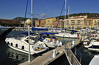 Europe, France, Provence, Alpes Maritimes, Cote d'Azur, Nice, View of harbour with moored yatches - ES000062