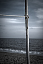 Turkey, Belek, Rope tied to pole at beach - KJF000103