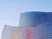 Spain, Basque country, Bilbao, View of Guggenheim Museum Bilbao at dusk - BSC000004