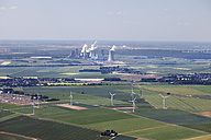 Europe, Germany, North Rhine-Westphalia, Neurath, Aerial view of lignite surface mining power plant - CS015307