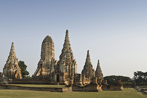 Thailand, Ayutthaya, View of temple - HKF000452