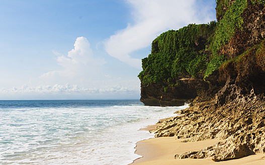 Indonesia, Bali Island, Bukit Peninsula, View of Dreamland Beach - WVF000197