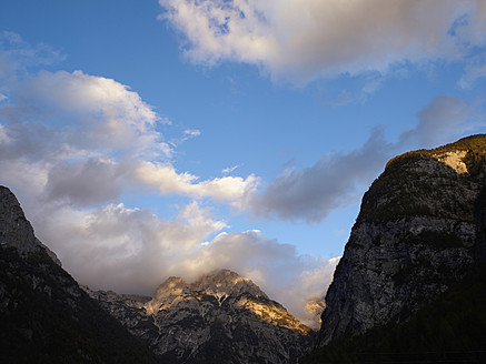 Europe, Slowenia, Bovec, View of julian alps at triglav national park - BSCF000107