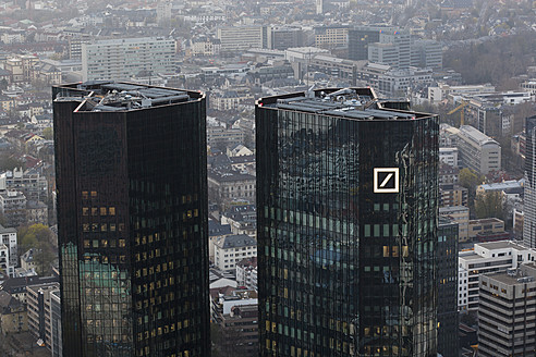 Germany, Frankfurt, View of Deutsche Bank with city - FO003761