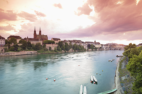 Switzerland, Basel, View of Basel Munster and old town at sunset - MSF002468