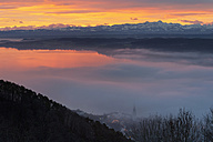 Germany, View of Lake Constance and Swiss Alps at morning twilight - SH000631