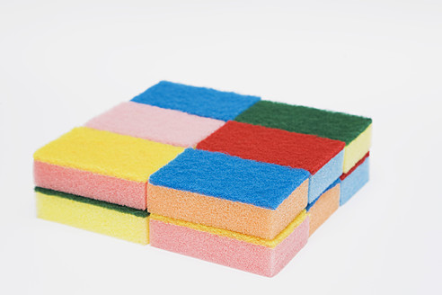 Household sponges on white background, close up - GWF001667