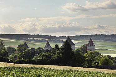 Austria, Lower Austria, Weinviertel, View of Steinabrunn Castle - SIEF002207
