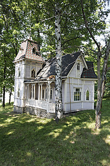 Finland, Helsinki, View of old wood house - ANB000148