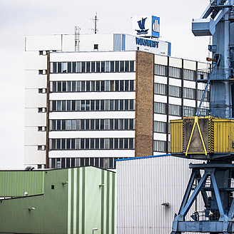 Northern Germany, View of shipyard - LF000320
