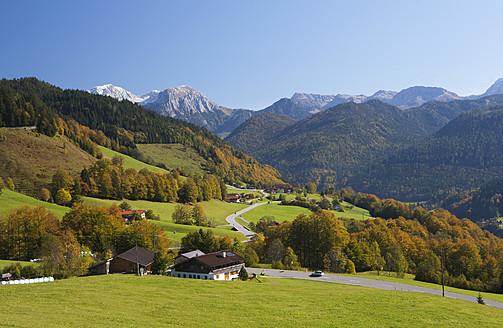 Germany, Bavaria, Ramsau, View of Watzmann mountains - WWF002067