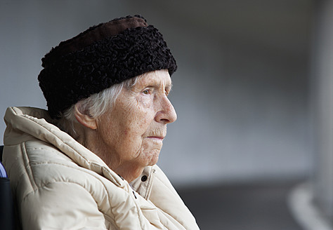 Austria, Senior woman looking away, close up - WWF002036