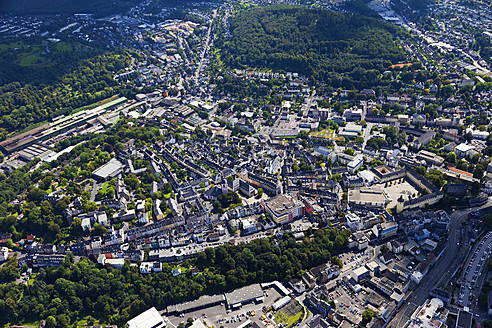 Europe, Germany, North Rhine Westphalia, Siegen, View of city - CS015859