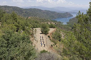 Turkey, Boynuzbuku, People riding bicycle - DS000349