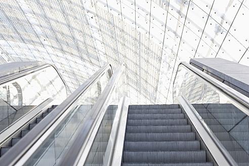 Germany, Leipzig, Empty escalator - WESTF018630