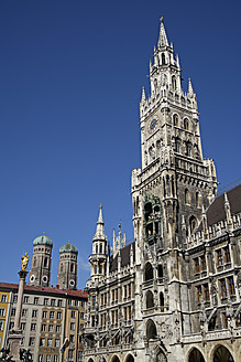 Germany, Bavaria, Munich, View of Marienplatz and Frauenkirche - TCF002280