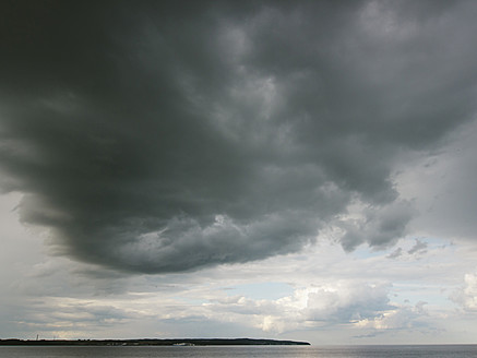 Germany, View of cloudy sky over Baltic Sea at Rugen Island - LFF000356