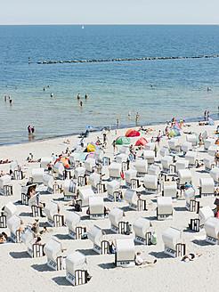 Germany,Ruegen, Binz,  People in beach booth at Island of Rugen - LFF000369