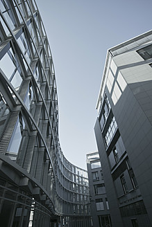 Germany, Bavaria, Munich Westend, Exterior of modern building - LFF000373