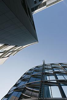 Germany, Bavaria, Munich Westend, Exterior of modern building - LFF000381