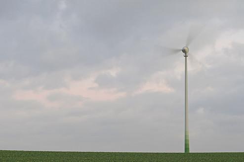 Germany, Saxony, View of wind turbine against cloudy sky - MJF000006